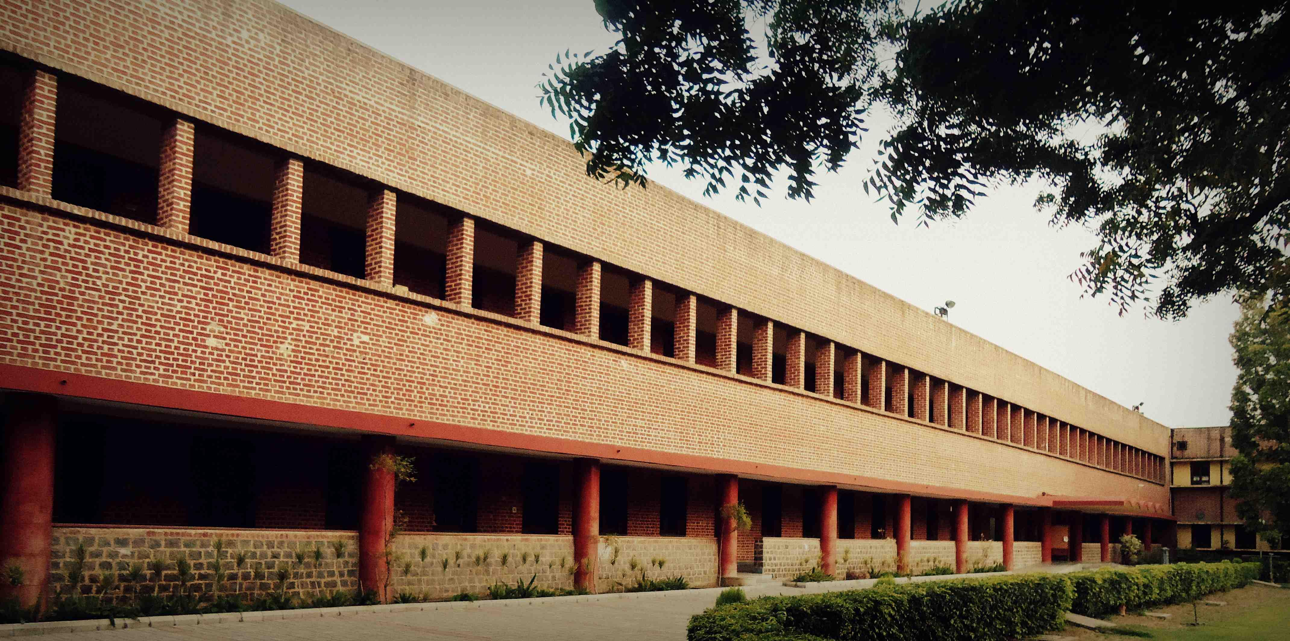 Top Science Colleges In India 2020 Rankings Fees Placements Collegedunia