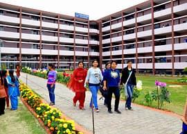 Dev Samaj College for Women, Chandigarh - Course & Fees Details