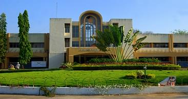 University of Hyderabad - [UOH], Hyderabad - Course & Fees Details