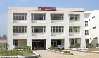 Swami Devi Dyal Institute of Hotel Management and Catering Technology, Panchkula - Course & Fees Details