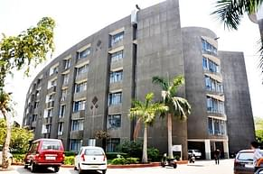 Institute of Science and Technology for Advanced Studies and Research, Ahmedabad - Course & Fees Details