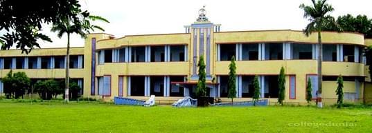 YD Post Graduation College, Lakhimpur - Reviews