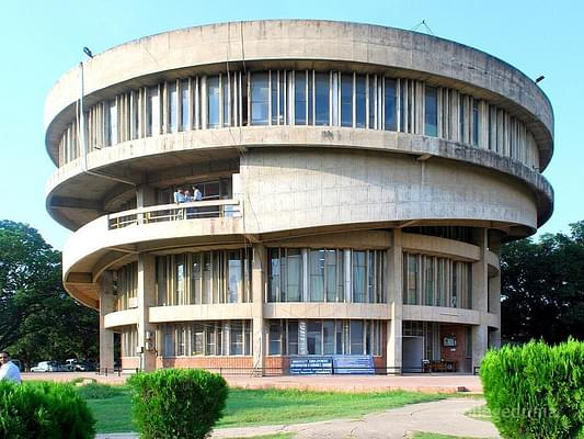 Panjab University Issues SOPs to Conduct Semester Exams from July